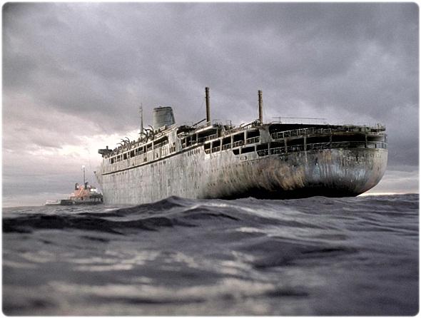 Ghost Ship001