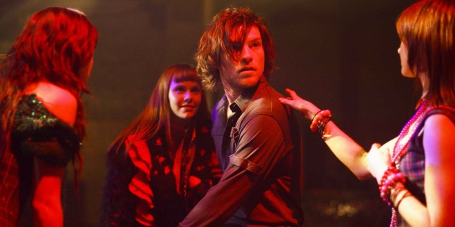 Macbeth (2006) 1 – From left witches Kate Bell Chloe Armstrong Sam Worthington as Macbeth and Miranda Nation in the scene of Arclight Films Macbeth 3