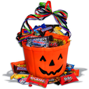 ChocOLantern-Halloween-Gift-Basket_large