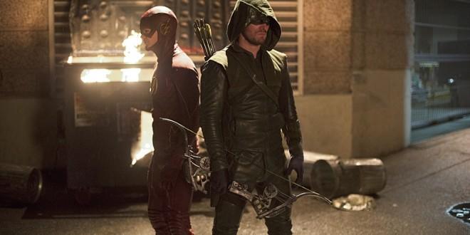 Beklediğimiz Kapışma Gerçekleşti: Flash vs. Arrow 1 – The Flash 1x08