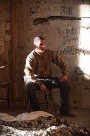 tom-hardy-2012-lawless-movie-image